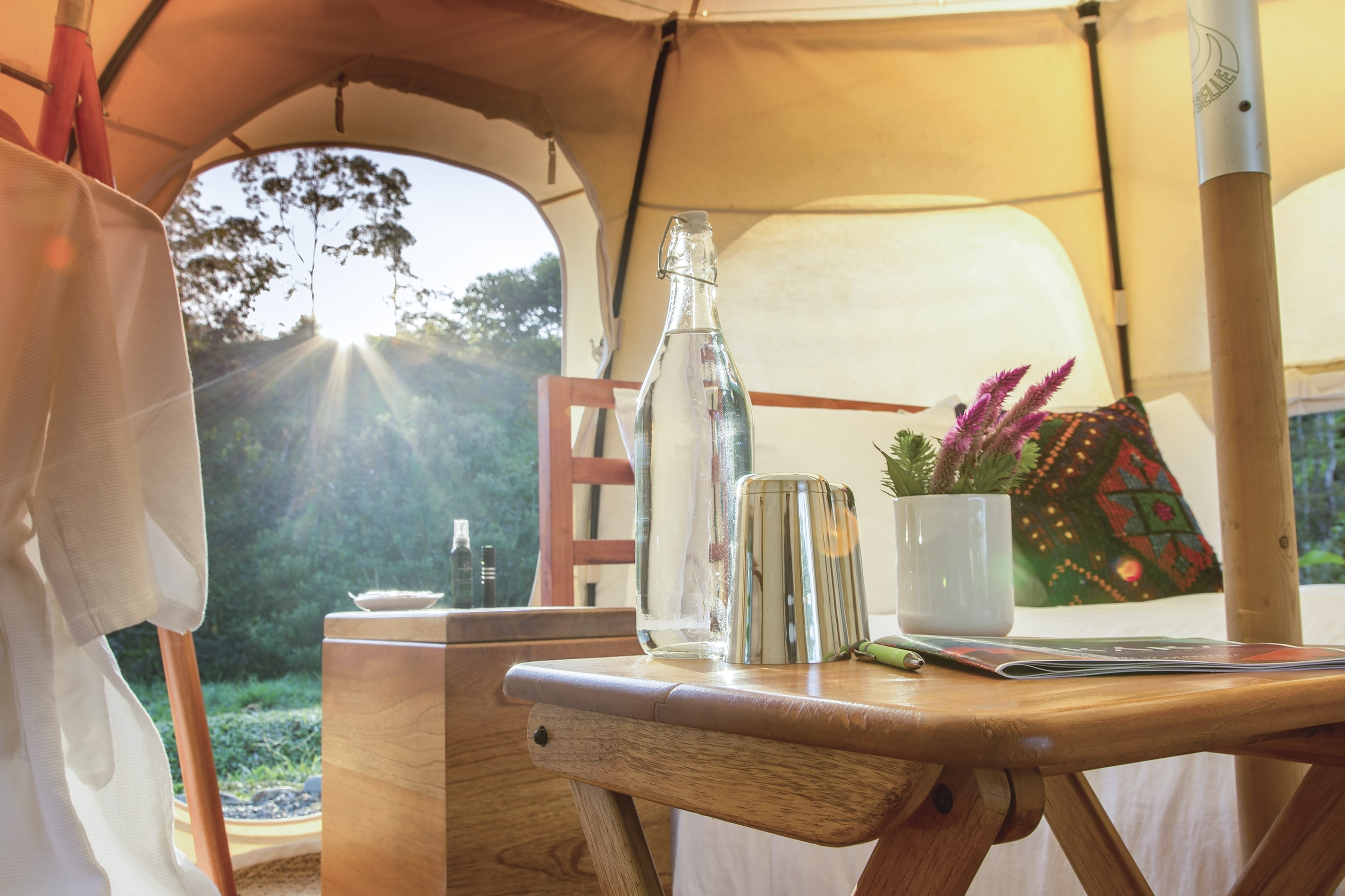 Luxury_Lotus_Belle_Tent_Interiors-0001.jpg